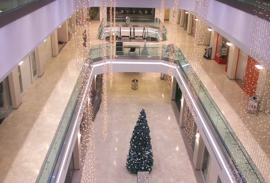 Dún Laoghaire Shopping centre marble floors cleaned and sealed