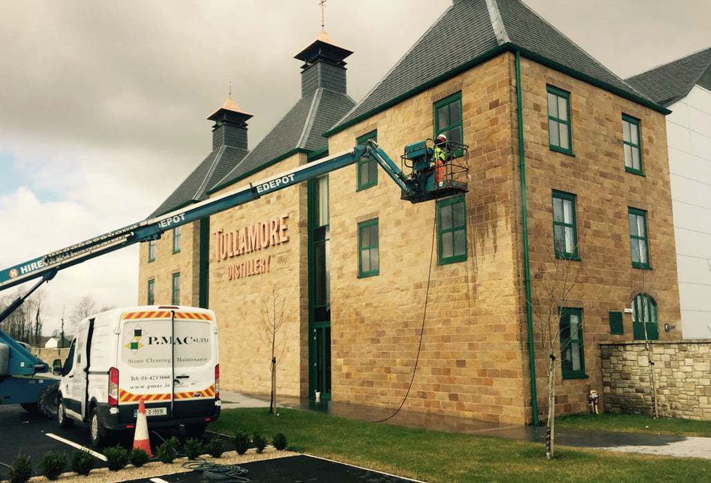 Cleaning the sandstone facade at Tullamore Dew