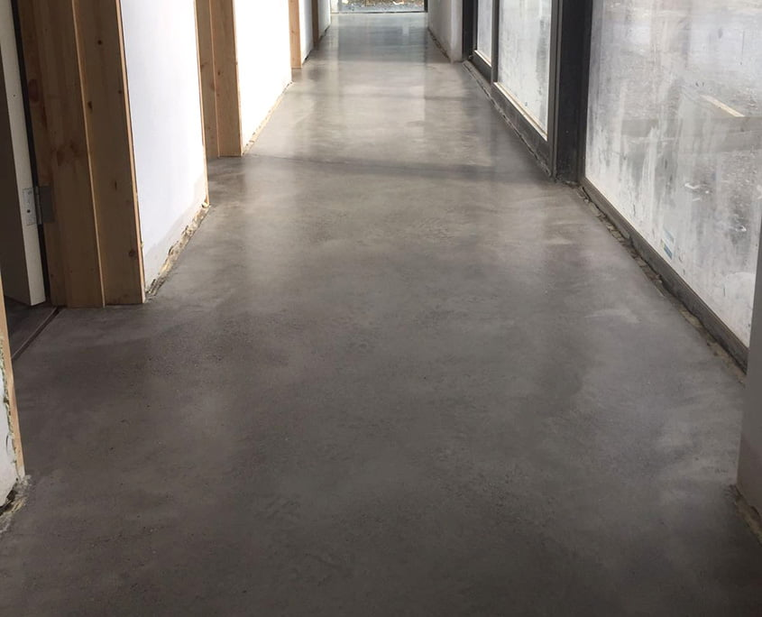 Polished concrete floor with a bronze gold Finish