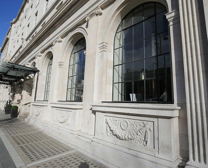 Gresham Hotel facade details P Mac