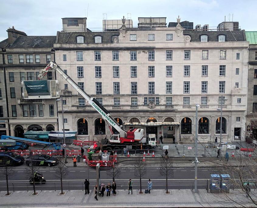 Gresham Hotel facade gommage cleaning P Mac